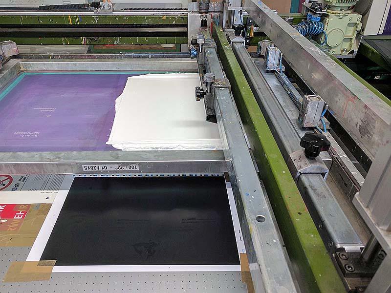 Große Siebdruckmaschine